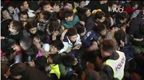 上海外滩踩踏事件再议:时间、人物等几个问题令人思考